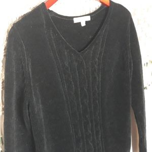 ♡Vintage black chinelle cable knit v-neck sweater…